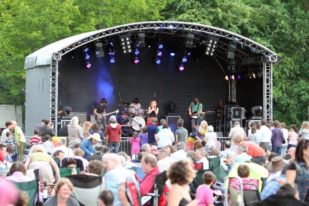 salisbury-fest-2011-closing